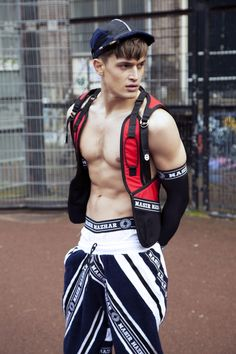 Nasir Mazhar health goth is sorta wierd yet cool. i dunno what to make of it