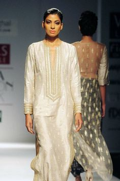 WIFW '15: Day 3: Payal Singhal- The Times of India Photogallery Page 12