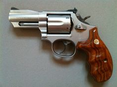 Tactical Survival, Survival Tools, Weapons Guns, Guns And Ammo, Derringer Pistol, Smith And Wesson Revolvers, Ar Build, 357 Magnum, Home Defense
