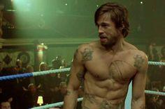 What do Brad Pitt, Katie Holmes, and Christina Aguilera have in common, besides a birthday? Fight Club Brad Pitt, Guy Ritchie, Ricky Gervais, Simon Pegg, Jason Statham, Monty Python, Brad Pitt Workout, Brad Pitt Tattoo, Fight Club Workout