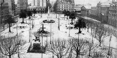 1918 Plaza de Mayo con nieve, nevada histórica del 22 de junio de 1918