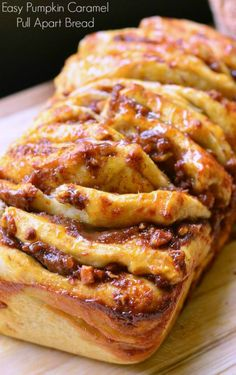 Easy Pumpkin Caramel Pull-Apart Bread I bet it'd be good as a cinnamon roll style too