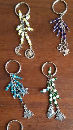 Jewelry Knots, Wire Jewelry, Jewelry Crafts, Beaded Jewelry, Handmade Jewelry, Jewellery, Diy Bag Charm, Diy Crystals, Beaded Crafts