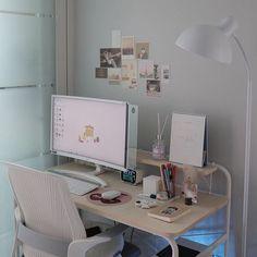 Gaming Room Setup, Desk Setup, Pc Setup, Study Room Decor, Bedroom Decor, Desk Inspiration, Desk Inspo, Aesthetic Room Decor, 90s Aesthetic