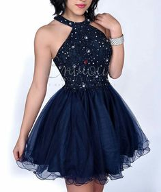 If you love short dresses, check out this collection of amazingly steamy short prom dresses at BeautyandU. Pick ideas for the best necklines, off-shoulder prom dresses and more! Pretty Prom Dresses, Hoco Dresses, Pageant Dresses, Quinceanera Dresses, Dance Dresses, Homecoming Dresses, Cute Dresses, Formal Dresses, Mein Style