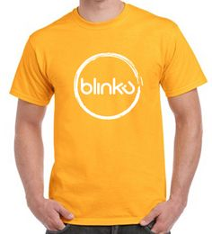 Camiseta para hombre :  Color Gold, diseño Blinku 2 serigrafiado en tinta color white