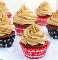 Gingerbread Cupcakes with Gingerbread Butter Cream Frosting #Recipe