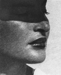 Man Ray - dalla serie The Fifty Faces of Juliet, 1942 - Courtesy Fondazione Marconi, Milano