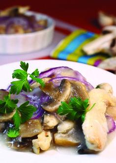 Ciulama de pui cu ciuperci - cină dietetică #ciulama #cina #pui #ciuperci Chicken, Meat, Cooking, Recipes, Food, Kitchen, Eten, Recipies, Ripped Recipes
