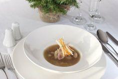 Przepis Dariusza Strucińskiego: Warmińska zupa z suszonych grzybów i ogórków kiszonych