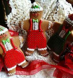 Easy Gingerbread Cookies, Gingerbread Decorations, Christmas Sugar Cookies, Christmas Tea, Christmas Gingerbread, Christmas Goodies, Gingerbread Houses, Cookie Cake Birthday, Cupcake Cookies