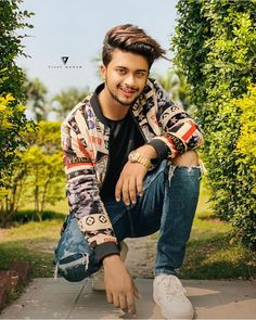 Image may contain: 1 person, shoes and outdoor Photo Poses For Boy, Boy Poses, Cute Boy Pic, Cute Guys, Best Couple Pictures, Girl Pictures, Kolkata, Photoshoot Pose Boy, Instagram King