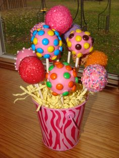 Fun Cake Pops I love the pops sticks cut