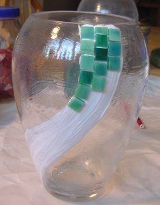 Glass on Glass Diary - good instructional on glueing glass onto clear glass items....