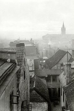 Dawn over Königsberg. On the horizon is the tower of the Royal Castle. Photo of the Old Pictures, Old Photos, City Scene, Lost City, Historical Pictures, Beautiful Buildings, Old Town, Paris Skyline, Germany
