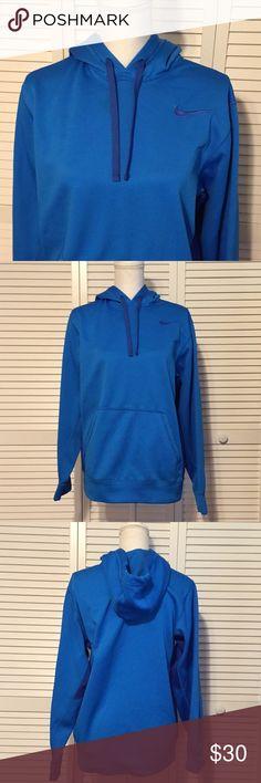 🔥NIKE🔥WOMENS BLUE SWEATSHIRT Women's Nike blue and dark blue detailed sweatshirt. Drawstring hood. Therma fit. Women's size Small. Excellent condition. Nike Tops Sweatshirts & Hoodies