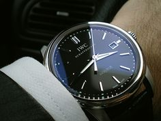 Classic Gentleman ....Mens and unisex watches from http://findanswerhere.com/menswatches