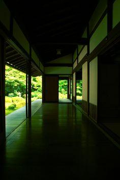 Corridor of Genko-an temple, Kyoto, Japan 源光庵