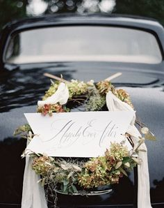 Finding the right decor for a winter wedding is stressful. How do you keep it elegant without a Frosty the Snowman vibe? Here, 8 winter wedding trends, from the ceremony aisle to the escort cards, that will have you swooning. Autumn Wedding, Elegant Wedding, Rustic Wedding, Our Wedding, Trendy Wedding, Elegant Chic, Wedding Blog, Wedding Getaway Car, Wedding Transportation