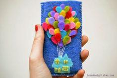 Haz una funda para celular con la casita de Up en fieltro | Mimundomanual