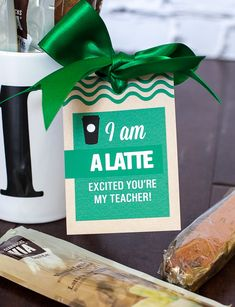 Teacher gift idea for the first day of school + free printable gift tag