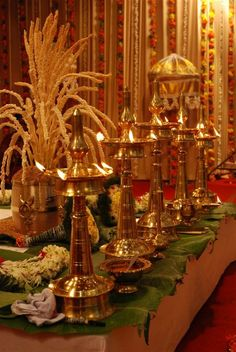 Nilavilakku - A lighted lamp stands for auspiciousness and is considered a welcoming sign. In a traditional Malayali wedding these play an integral role. You line them up in odd numbers (usually 3 or 5) in front of the wedding madapam (alter) and light them with oil and wicks.