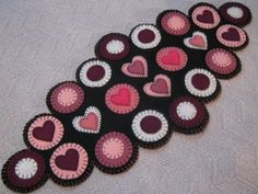 Primitive Valentines Layered Hearts Scalloped Edges Penny Rug Table Runner  #NaivePrimitive #Seller