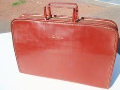 Vintage leather portfolio Tuff hide. $24.99, via Etsy.