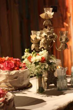 vintage theme wedding cake table