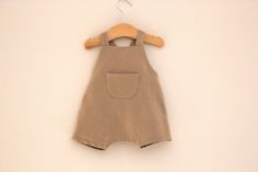 DIY, patrones, ropa de bebe y mucho más para coser.: DIY Tutoriales de ropa de bebe: PETO