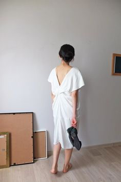 Tencel V-Neck Dress | Made-to-measure fashion by MétaFormose on Etsy