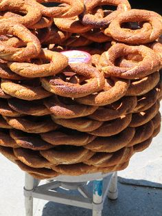 Simit from the streets of Istanbul. Our Daily Bread, Turkish Delight, Istanbul, Breads, Bakery, Rolls, Turkey, Ethnic Recipes, Travel