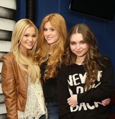 If the Between Worlds series was made into a movie, these actress would play Rylie's girls: Oreana, Ella, Shaylene
