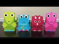 Dinosaur Party Favor Bags - also makes a cute party decoration for dinosaur themed party! Select Mix of ALL colors for an equal number of each of the 4 colors pictured: ♥ Green dinosaur bag x x ♥ Blue dinosaur bag x x ♥ Red dinosaur bag x x ♥ Dinosaur Party Favors, Dinosaur Crafts, 4th Birthday Parties, Birthday Party Decorations, Pochette Surprise, Girl Dinosaur Birthday, Party Favor Bags, Goody Bags, Favor Boxes