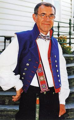 Hello all, Today I will cover the last province of Norway, Hordaland. This is one of the great centers of Norwegian folk costume, hav. Folk Costume, Costumes, Caucasian Race, Traditional Outfits, Norway, Bergen, Vest, Embroidery, Children