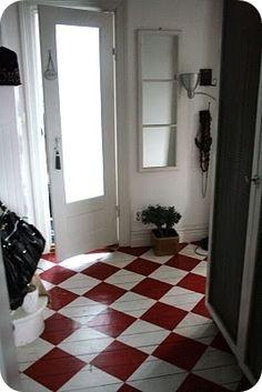 ...oh...how wonderful! (painted floor.)