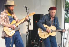 David Olney (right) with Sergio Webb at Aiken Fest 2012 (photo by Kent Chapman)