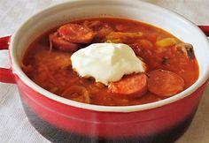 13 laktató és tartalmas leves őszidőre Sauerkraut, Hungarian Recipes, Chana Masala, My Recipes, Chili, Vitamins, Good Food, Low Carb, Soup