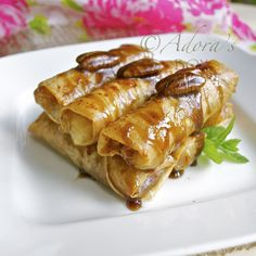Apple pie spring rolls - things to do with leftover rice paper