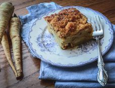 A Quick Intro to a New Root Veg--the Parsnip Fall Recipes, Holiday Recipes, Whole Food Recipes, Great Roasts, Parsnip Soup, Healthy Vegetable Recipes, Vegetarian Main Dishes, New Flavour, Vegetable Side Dishes