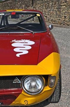 torqueingmag: 1968 Alfa Romeo GTA 1300 JuniorCoachwork by Carrozzeria Bertone