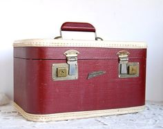 Vintage Luggage Horn Pennantone Rice Stix Train Case Suitcase; etsy $55