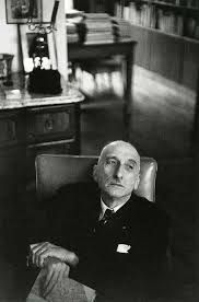 "Henri Cartier-Bresson François Mauriac, Paris 1952 ""We know well only what we are deprived of. Magnum Photos, Candid Photography, Street Photography, Portrait Photography, Henri Cartier Bresson Photos, Helen Levitt, Dream Pictures, Robert Doisneau, French Photographers"
