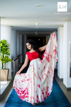 Actress Anupama Parameswaran photo shoot stills in Asmitha and Madhulatha design. Anupama Parameswaran photo shoot stills. Indian Gowns Dresses, Indian Fashion Dresses, Dress Indian Style, Indian Designer Outfits, Fashion Clothes, Girl Fashion, Indian Wear, Long Dress Design, Dress Neck Designs