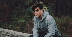 Hi Grayson 😜🥰 Ethan And Grayson Dolan, Ethan Dolan, Dollan Twins, Jack Gilinsky, Youtubers, How To Look Better, Handsome, Husband, Switch Lanes