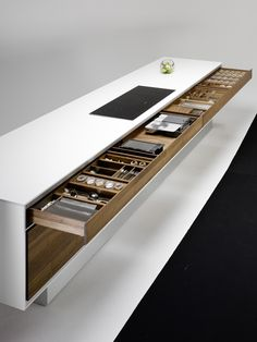 "Drawers with ""Servo Drive"" of the VAO kitchen by TEAM 7 