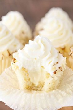 Almond Amaretto Cupcakes - almond cupcakes and frosting with a whipped amaretto filling Almond Frosting, Almond Cupcakes, Cherry Frosting, White Chocolate Cupcakes, Fluffy Frosting, Mocha Cupcakes, Buttercream Cupcakes, White Cupcakes, Giant Cupcakes