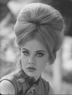 Haley Mills. 1967 hairdo