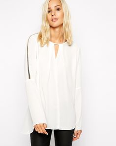 Shop White Long Sleeve Shift Chiffon Blouse online. Sheinside offers White Long Sleeve Shift Chiffon Blouse & more to fit your fashionable needs. Free Shipping Worldwide!
