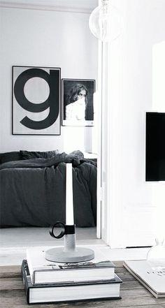 Via NordicDays.nl | Sara Medina Lind | Grey | White | Playtype